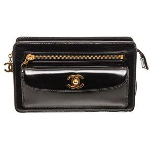 Chanel Vintage Patent Leather Wristlet Clutch Bag